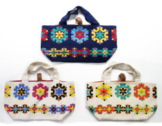 フランス製ヴィンテージ刺繍生地のトートバッグ